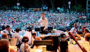 Keith Lockhart - Conducting outdoor
