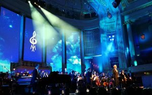 Hollywood in Vienna 2017 - Gala Concert - John Mauceri and Orchestra