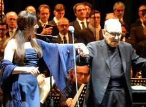 Ennio Morricone - Turin 2018 - Susanna Rigacci & Ennio Morricone saluting the audience