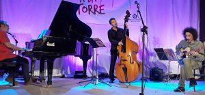 Carles Cases diu Llach - L'Eliana - Concert