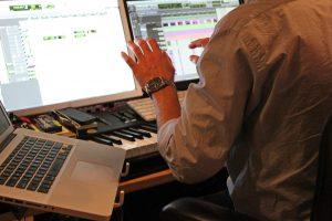 Entrevista con Jeff Russo - Componiendo en el estudio