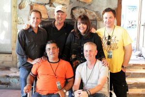 En el Sundance Music and Sound Design Lab 2012 (Izq a Der - arriba) Director del Programa Peter Golub, Asesor Creativo George S. Clinton, BMI - Doreen Ringer-Ross, y el mentor Rob Messinger; (Izq a Der - abajo) el mentor Evyen Klean y el Asesor Creativo Blake Neely