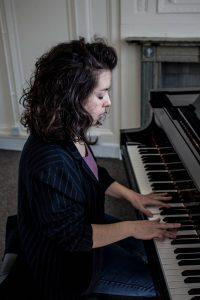 Sofia Oriana - Interview - Piano