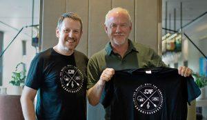 John Debney - Entrevista - John Debney y Gorka Oteiza - Camisetas SoundTrackFest